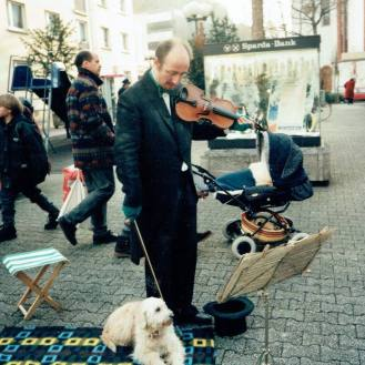 As the Street Musician for Hessischer Rundfunk. On location in Mainz